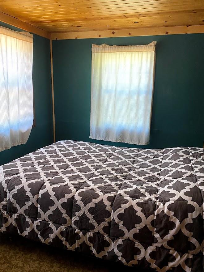cherokee bed 1